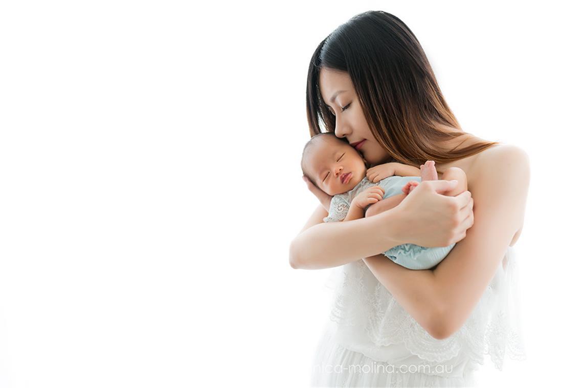 Newborn baby photographer Brisbane - Photo 11